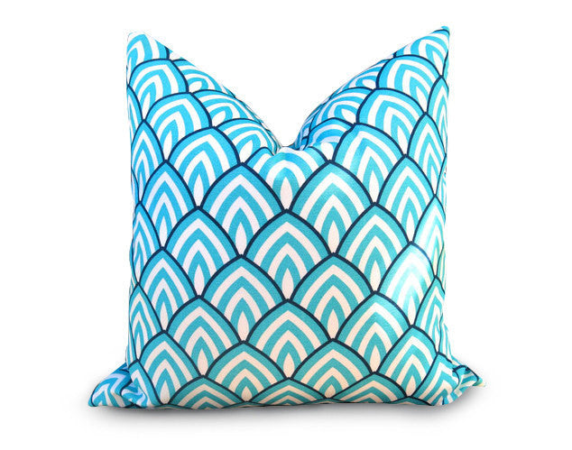 Scallop Outdoor Pillow Cover - Turquoise