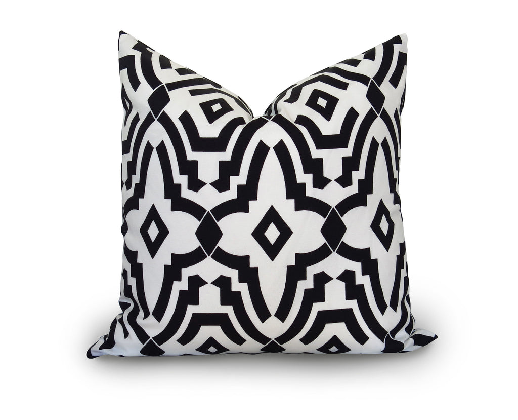 Fret Outdoor Pillow Cover