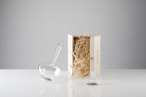 GAUGE vase (Stems), with presentation box - Photograph by John R Ward