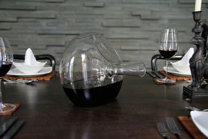 13° 60° 104° decanter at dining table