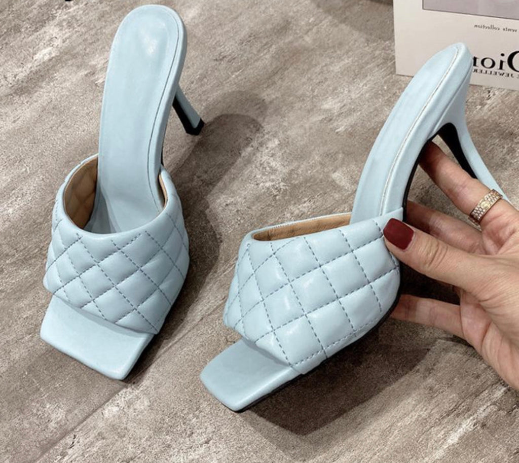 Design Square Mules