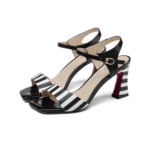 Knish's Black and White Genuine Leather Sandals