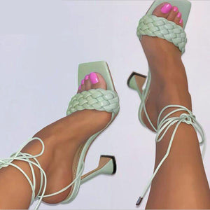 Hollow Cross-Tied Weave Shoes