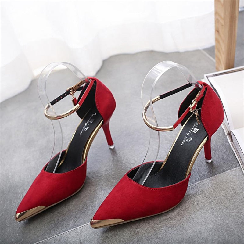 Knish's Pointed Tip Heels