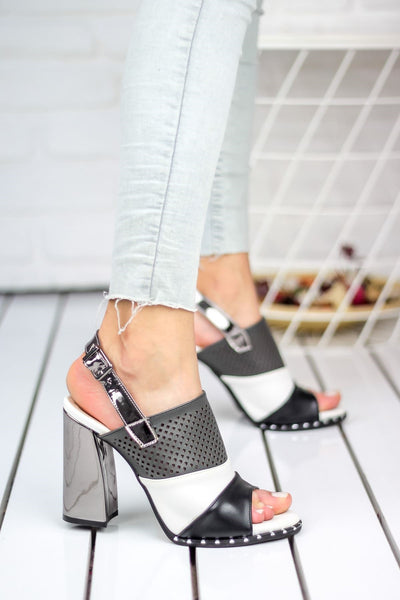 Knish's Heeled Black White Shoes