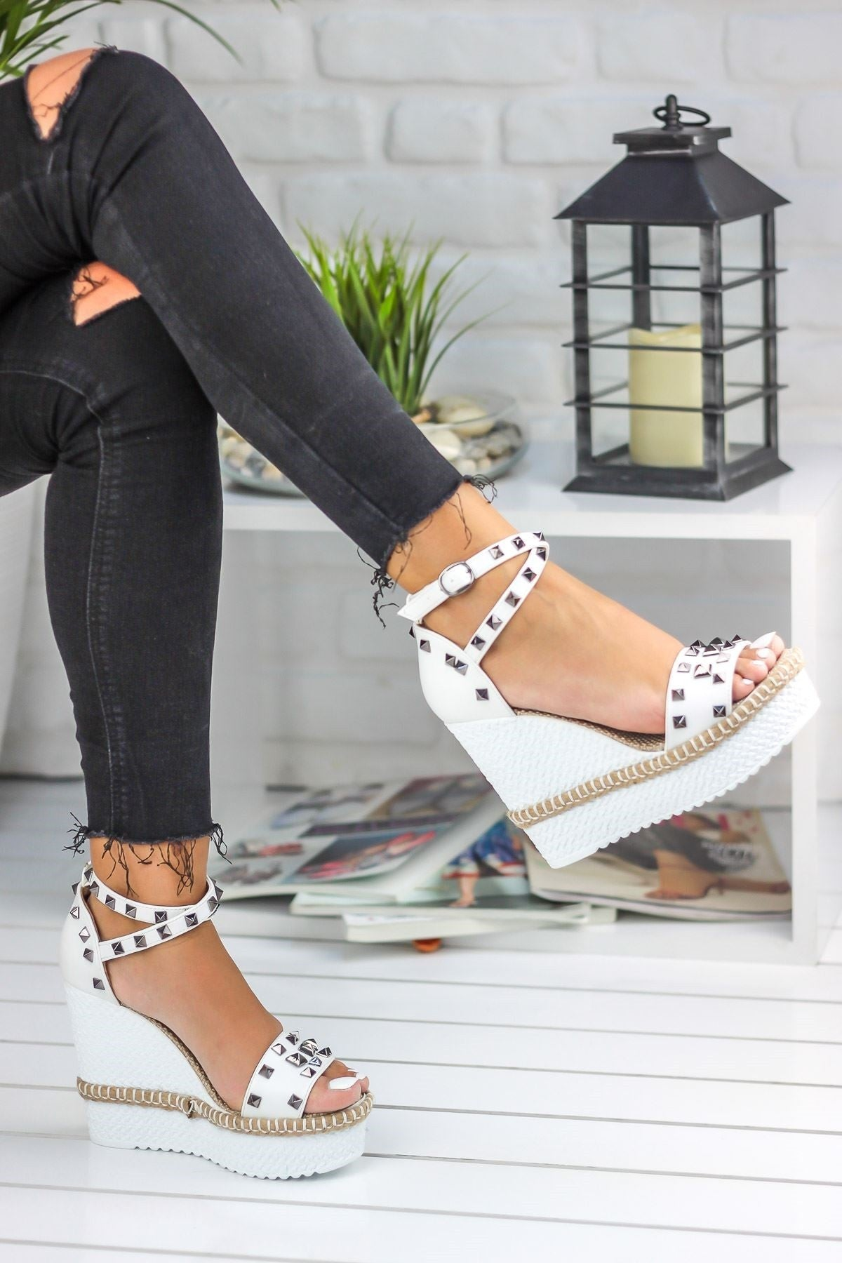 Knish's White Wedges Shoes