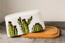 Load image into Gallery viewer, Butter dish with a bamboo base