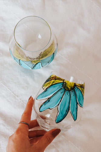 Duo of glasses without base, turquoise flower design