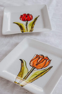 Assiette carrée design tulipe orange