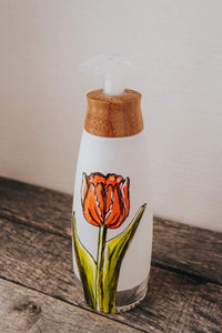 Foaming soap pump orange flower design