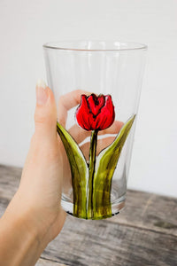 Verre design tulipe rouge
