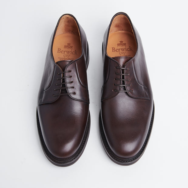 Plain Toe Derby in Brown Chromexcel