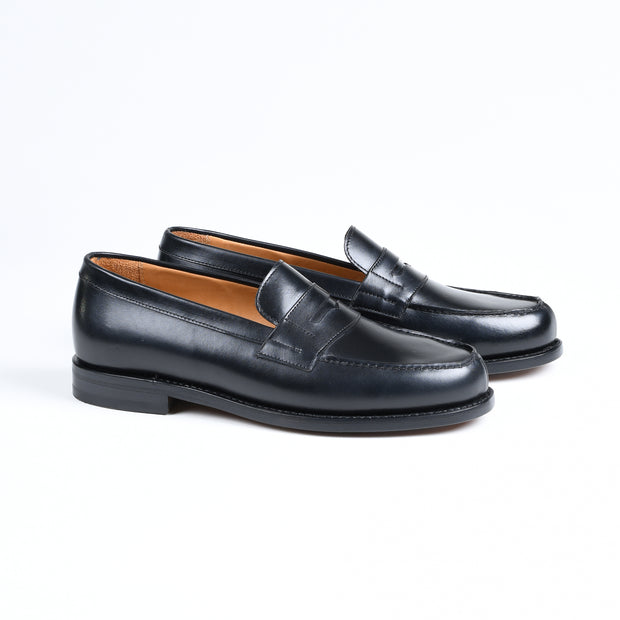 Split-toe Penny Loafer 4456-K1 in Black Boxcalf