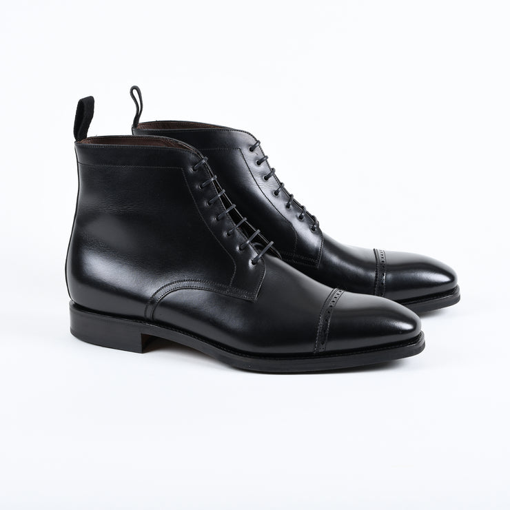 Cap Toe Brogue Boot 973 in Black Calf