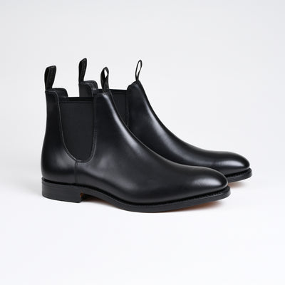 Apsley Chelsea boot in Black Calf
