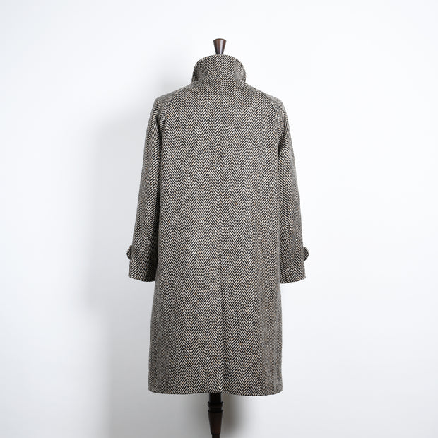Raglan Coat in Irish Tweed Herringbone - Black and Oat