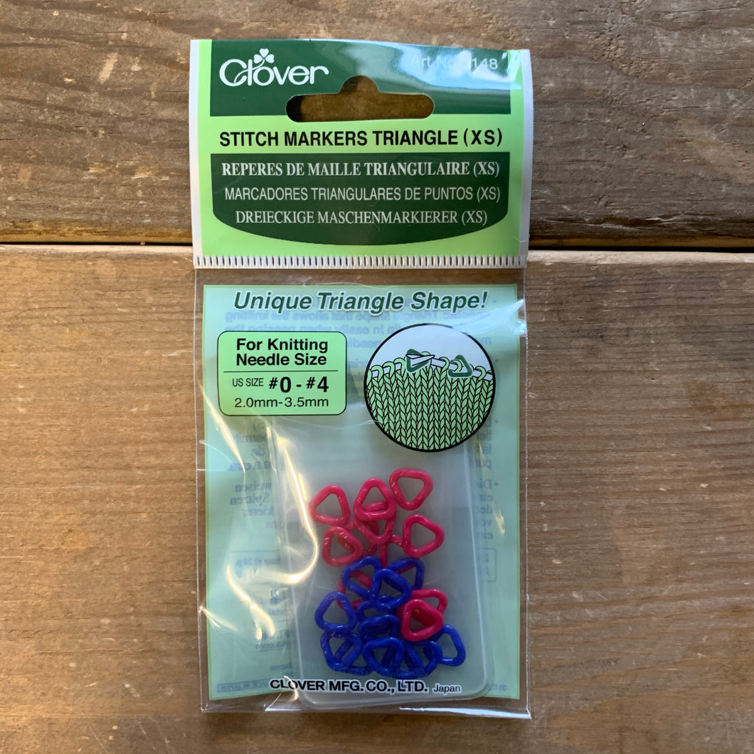 Clover Stitch Markers Triangle (XS)