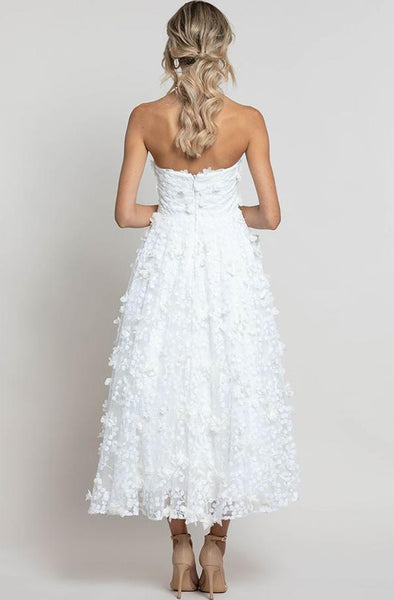 Rent Bariano dresses in Canada
