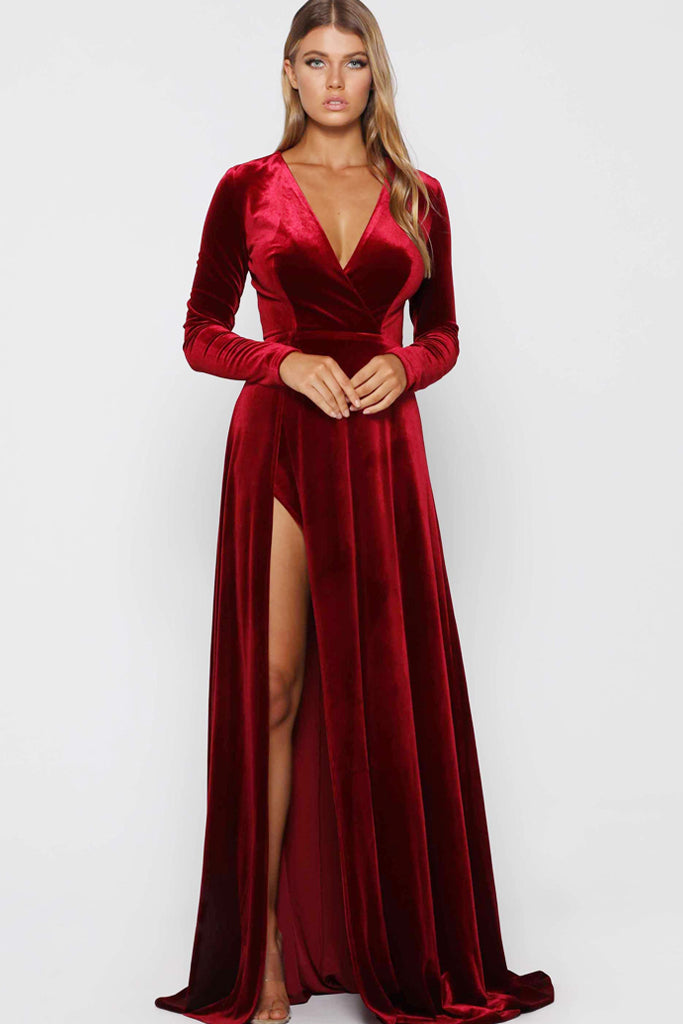 Beste Fontaine Red Velvet Gown by Elle Zeitoune - RENTAL   The Fitzroy ZN-24