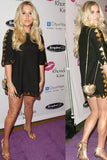 Kesha_whiting_and_Davis_heart_mini_bag_rental