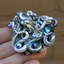 Load image into Gallery viewer, ABALONE - Shelltopus - Octopus Sculpture