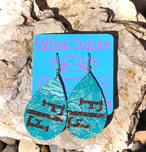Load image into Gallery viewer, Faith Above Fear Earrings