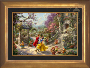 Snow White and the Prince dancing in the courtyard, accompanied by the Seven Dwarfs - Aurora Gold Frame