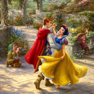 Snow White and the  Prince dancing- closeup