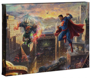 Superman and Lex Luthor, who can be seen standing on top of The Daily Planet with his vengeful fist raised in the air.