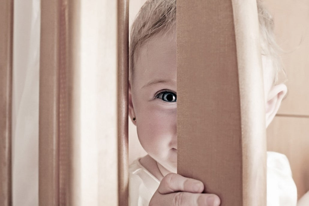 10 THINGS TODDLERS DO WHEN YOU'RE TRYING TO LEAVE THE HOUSE