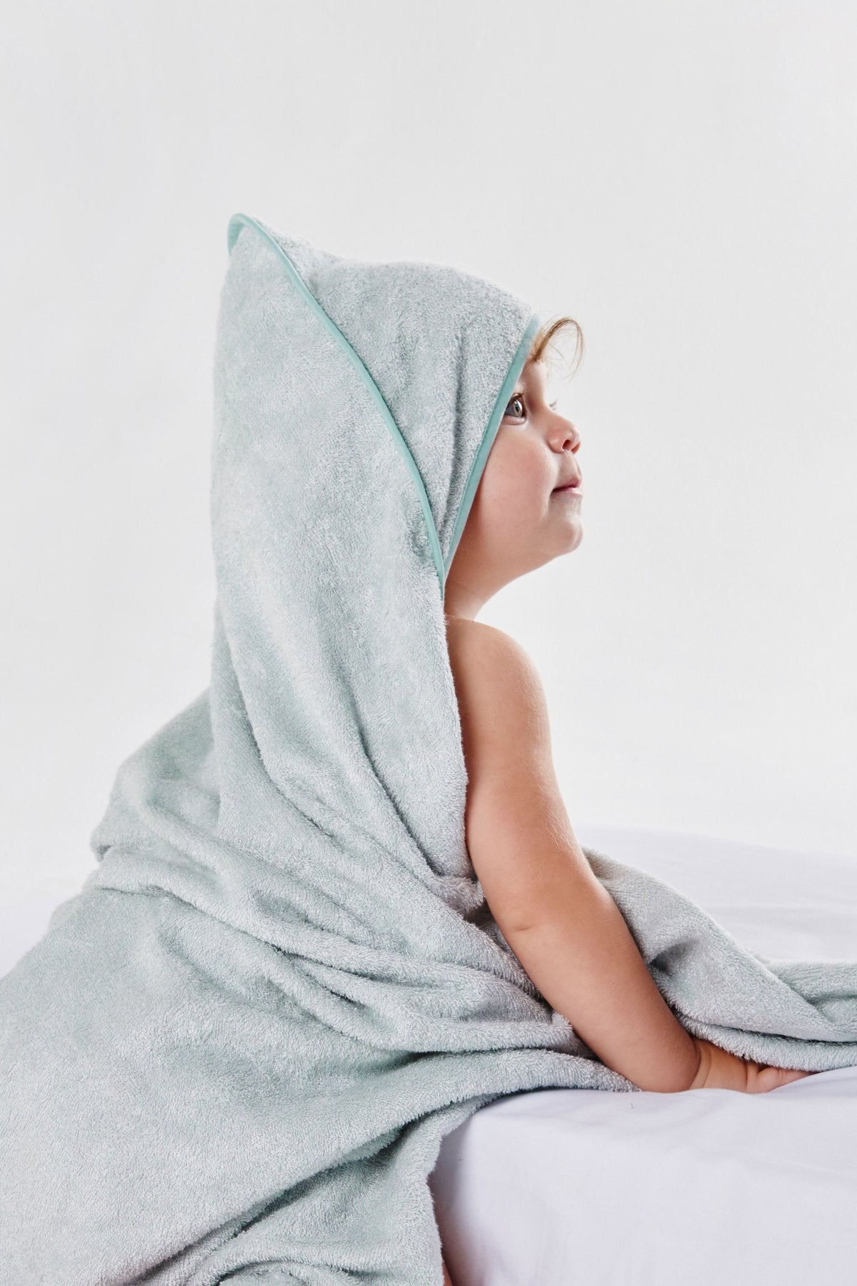 Little Bamboo Hooded Towel