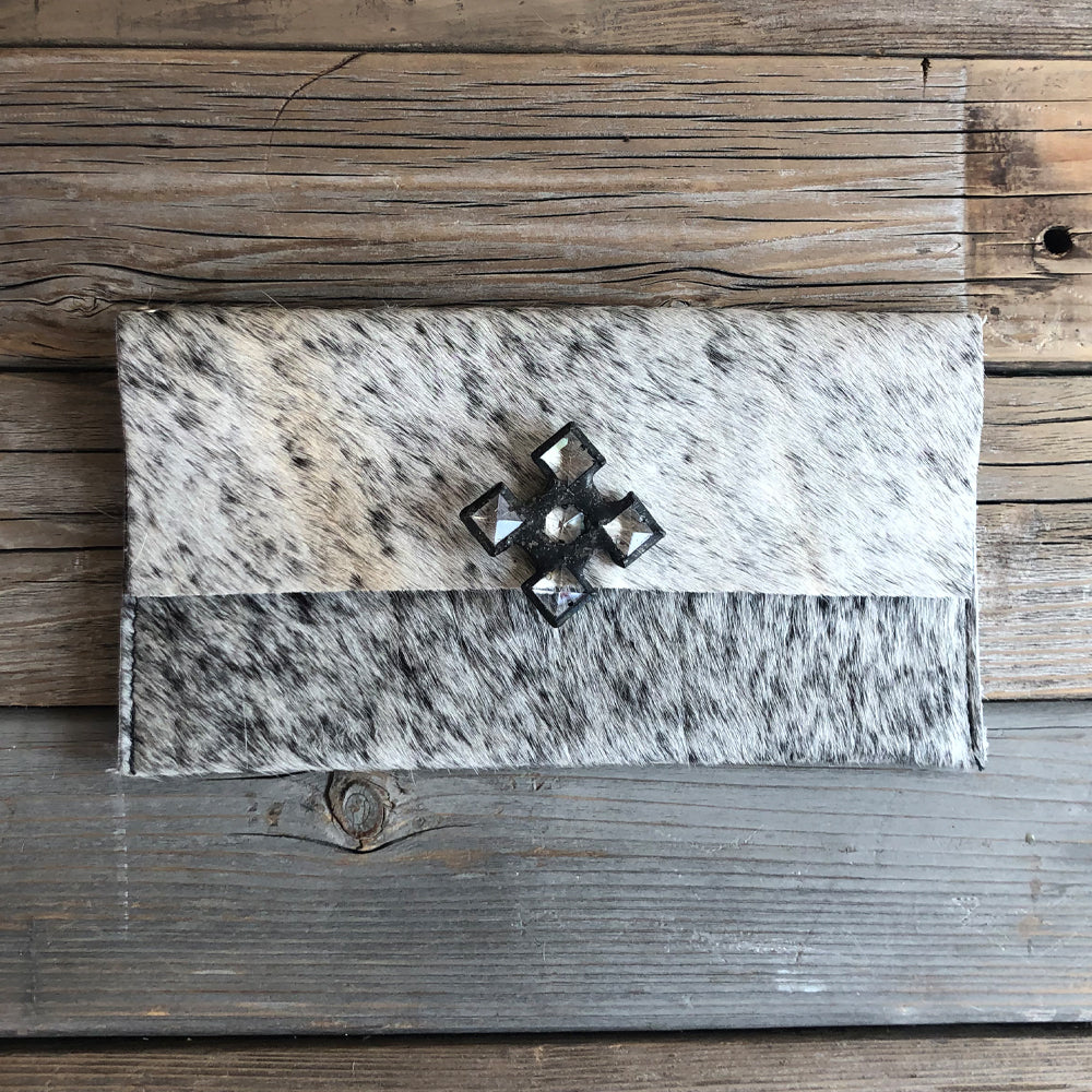 Farah Salt & Light Pepper Hide Wallet/Clutch