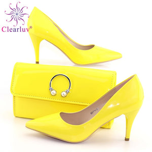 Yellow Italian Shoe with Matching Bags