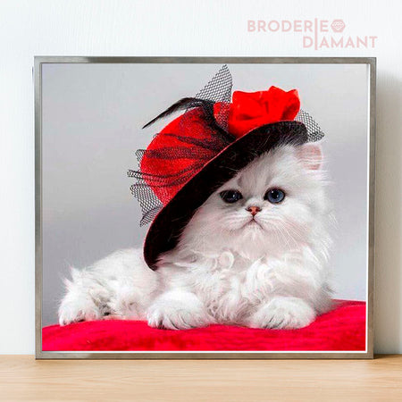 broderie diamant chat au chapeau rouge