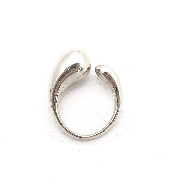 Fluid ring, silver