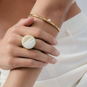 Relic pearl bangle bracelet, Balloon mother of pearl ring