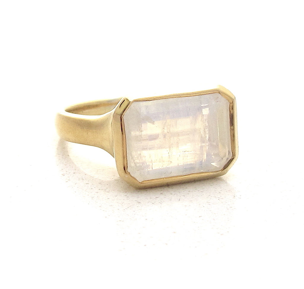Deco moonstone ring