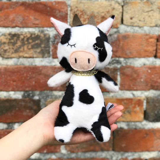 Doudou-fait-main-La Vache-Made-in-France-CamilledeGuillebon