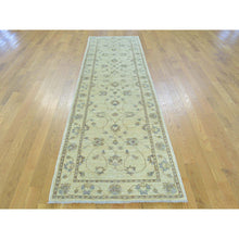 "Load image into Gallery viewer, 2'8""x9'7"" Zeigler Mahal Runner Hand Knotted Pure Wool Oriental Rug FWR162006"