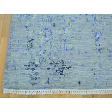 "Load image into Gallery viewer, 3'1""x5'2"" Wool and Silk Broken Design Tone on Tone Handmade Rug FWR162840"