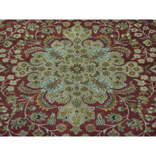 Load image into Gallery viewer, 8'x8' New Zealand Wool Round Kashan Revival 300 KPSI Oriental Rug FWR170178
