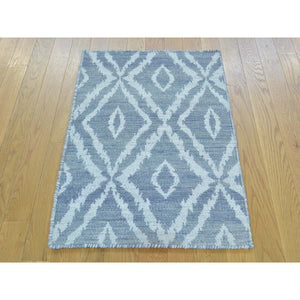"2'x3'3"" Hand Woven Pure Wool Reversible Kilim Oriental Rug FWR179622"
