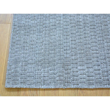 Load image into Gallery viewer, 2'x3' Hand Loomed Tone on Tone Wool and Silk Rug FWR179748