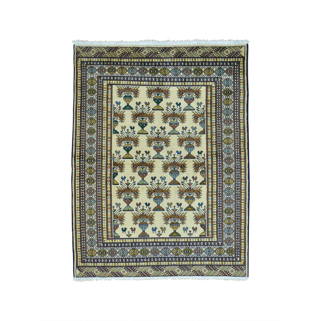 Handmade Tribal and Geometric Ivory Rug