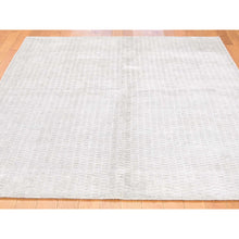 Load image into Gallery viewer, 5'x7' Tone on Tone Hand-Loomed Pure Wool Oriental Rug FWR238998