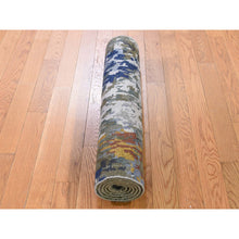 "Load image into Gallery viewer, 2'7""x8' Hi-Low Pile Abstract Design Wool And Silk Runner Hand-Knotted Oriental Rug FWR273516"