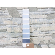 Load image into Gallery viewer, 2'x2' Sampler luxurious Plush Pure Silk With Textured Wool Hand-Knotted Oriental Rug FWR280362