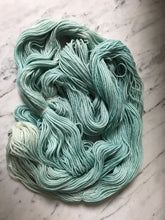 Load image into Gallery viewer, Mint Frappe Worsted Roberta Rae Michigan