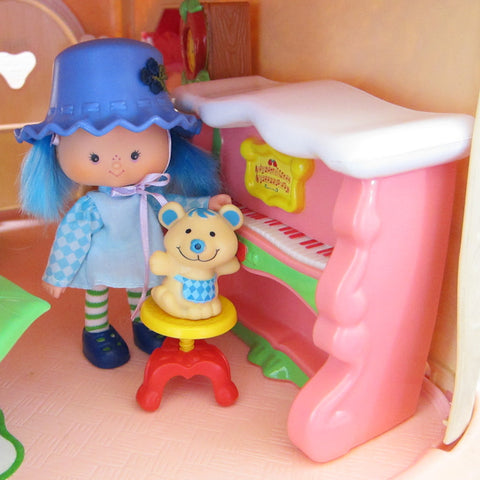Berry Fancy Fun Room piano for Happy Home dollhouse