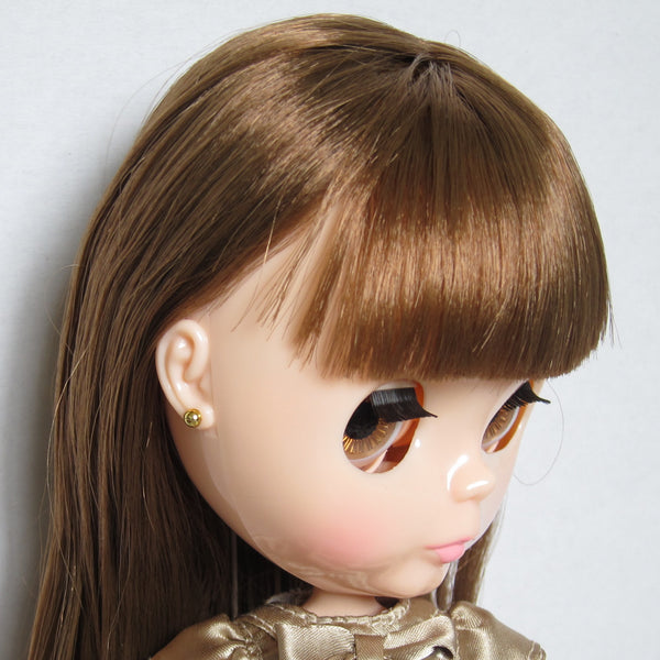 Blythe Raspberry Sorbet doll with round gold earrings